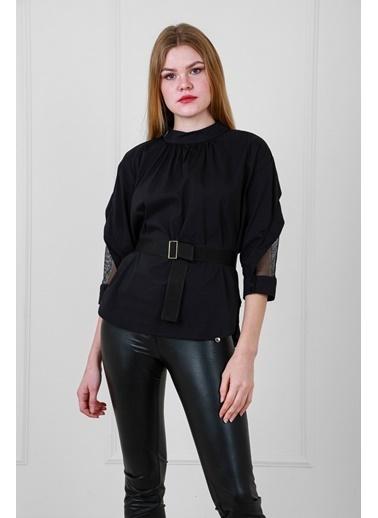JEANNE D'ARC Pamuk Kumaş Kolunda Tül Detaylı Belden Kemerli Bluz Siyah